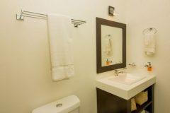 san-agustin_bathroom-9.jpg-nggid041095-ngg0dyn-0x360-00f0w010c010r110f110r010t010
